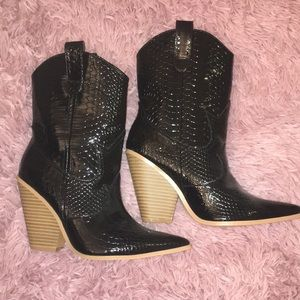 Brand new cowgirl boots!